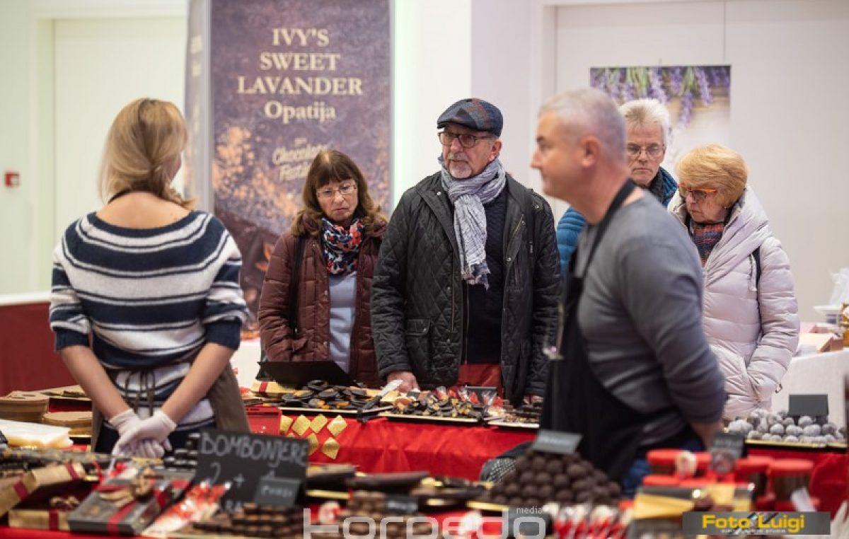 FOTO Otvoren Festival čokolade: Opatija će tri dana uživati u najfinijim slasticama i odličnom programu