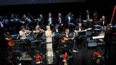 FOTO/VIDEO Održan koncert Radosne note Božića – Renata Sabljak i Đani Stipaničev oduševili publiku @ Opatija