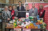 SDP Opatija donirao namirnice i potrepštine za Socijalnu samoposlugu Crvenog križa Opatija