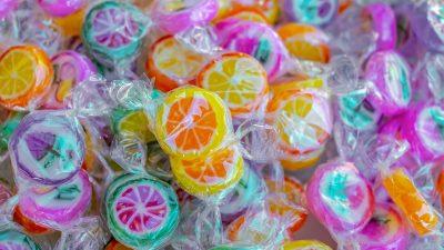 Akcijom 'Mali slatkiši' skupljaju se slatkiši za riječku djecu kojoj ih roditelji ne mogu priušititi