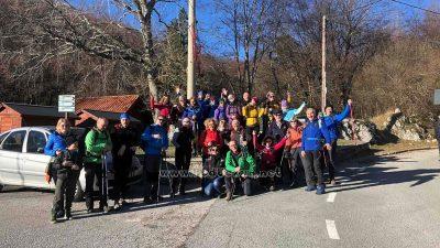 Održan tradicionalni Novogodišnji pohod – Mlado leto na Vojake 2020. okupilo 250 planinara