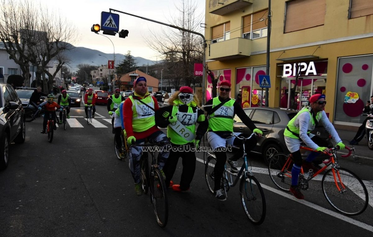 FOTO/VIDEO Pust je šal na pal, počel je karneval! Matulji imaju biciklističkog Pusta prozvanog – Điro