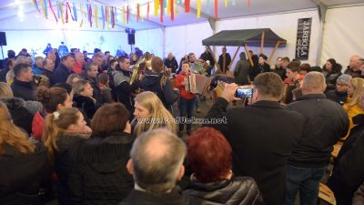 Antonjski rog je zatulil, Kandidat je šal na pal @ Zvoneća