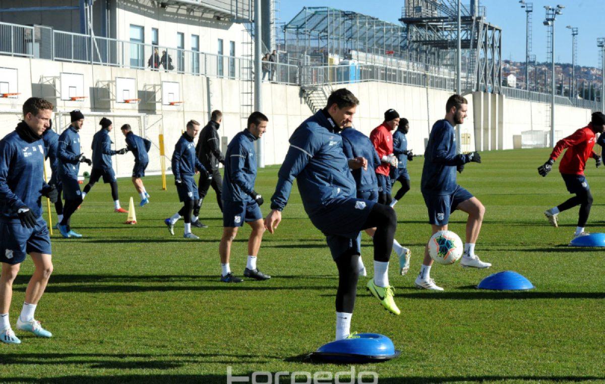 FOTO Prve prave pripreme za trenera Rožmana: 'Želim gladne igrače, želim igrače koji će ginuti za ovaj klub' @ Rijeka