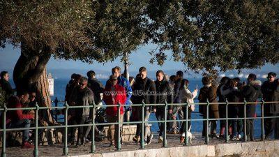 Predivan dan ispunio šetališta i terase kafića brojnim posjetiteljima @ Opatija