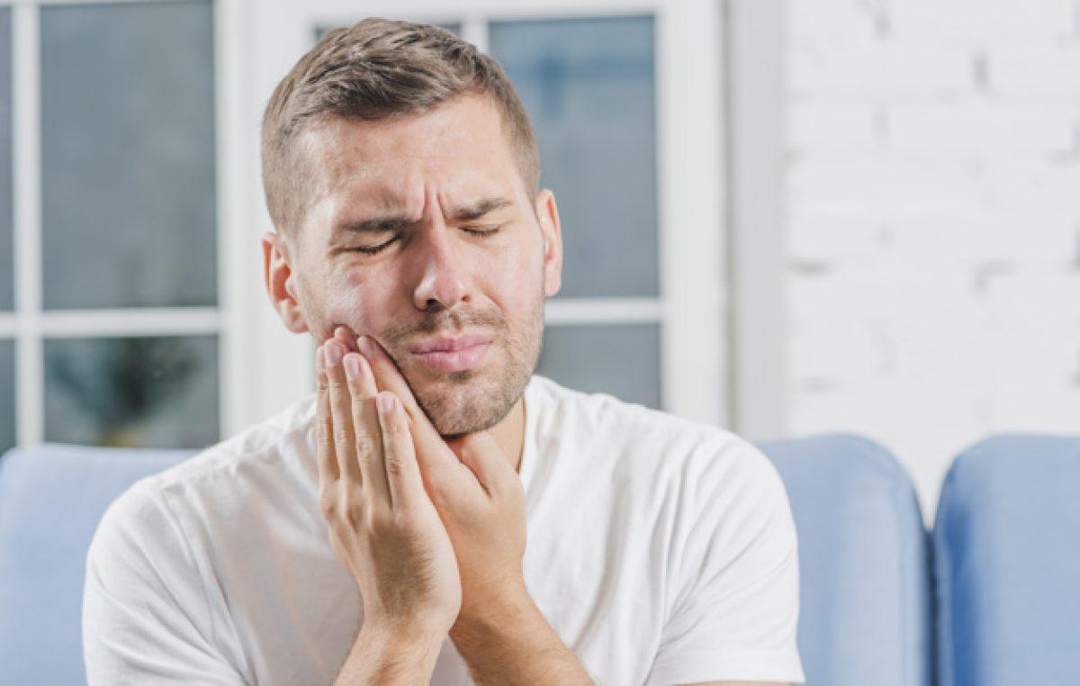 Promo artDENTAL – Što uzrokuje osjetljivost zubi i savjeti kako spriječiti da se pojavi?