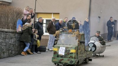 FOTO/VIDEO Balinjere su se vrnule pul Spinčić – Održan Balinjera spust u čast Dubravku Dukiću Guletu