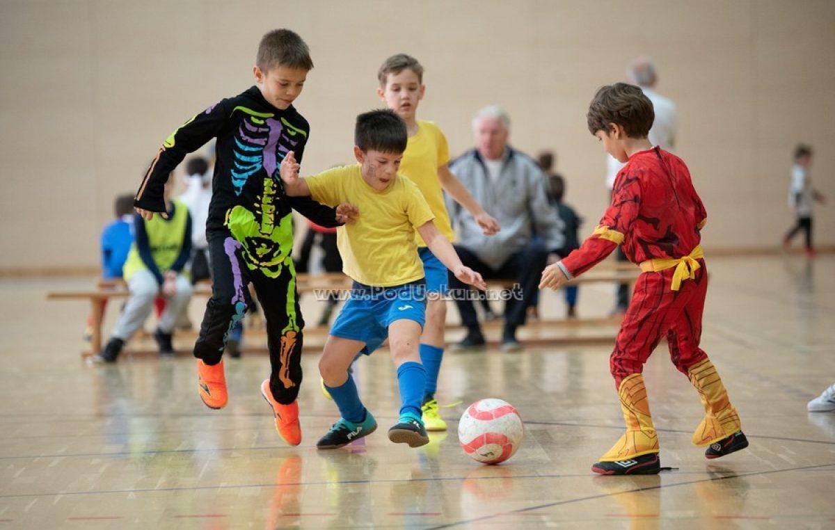 Održan 15. Liburnijski dječji maškarani malonogometni turnir @ Matulji, 2020.