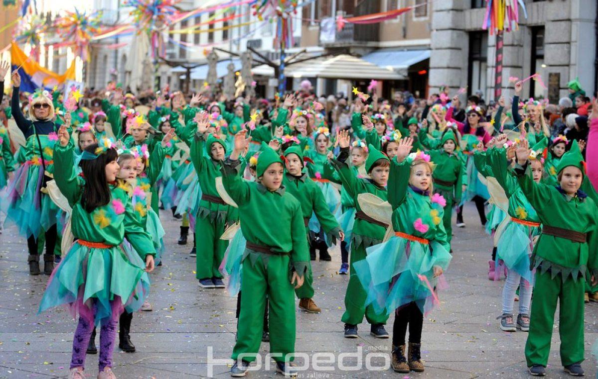Korzo je jučer bilo u znaku dječje radosti i kreativnosti: Pogledajte veliku fotogaleriju malih maškara!