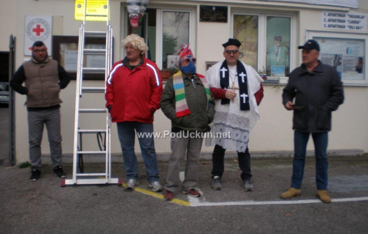FOTO Končesionario Soldić završio je glavom zdolun – va kante od Jupola @ Vasanska