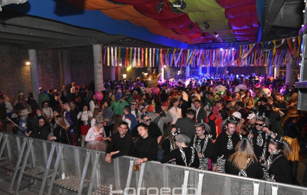 FOTO/VIDEO Riječki karneval je završen – Grooversi i Aurora stvorili vrhunsku atmosferu za kraj