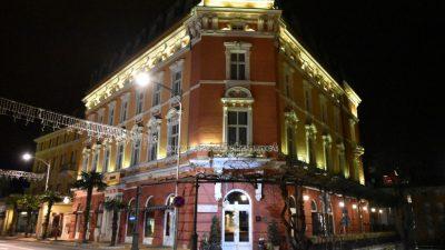 U OKU KAMERE Koronavirus 'zarazio' turizam: Zatvaraju se restorani, hotelske kuće krenule u masovno dijeljenje otkaza