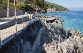 FOTO/VIDEO Mošćenička Draga nastavlja radove na produljenju rive i sunčališta: Ako ne bude turista, bit će za nas!