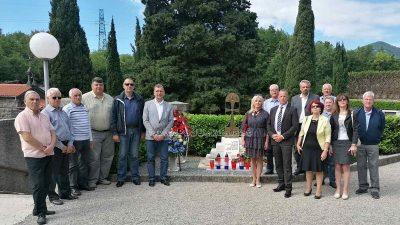 Delegacije lokalne samouprave, braniteljskih udruga i antifašista položile vijence povodom Dana državnosti