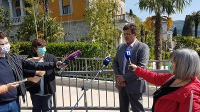 Dujmić: Prodajom okućnica vila u Voloskom štitimo interes Grada Opatije, to je naša osmišljena strategija