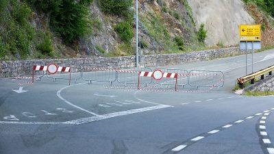 Zbog opasnosti od urušavanja stabla na prometnicu sutra se zatvara ulica Pavlovac
