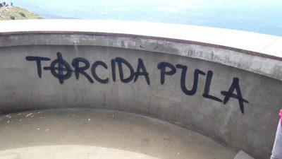 U OKU KAMERE Primitivni kreativci 'ukrasili' kulu grafitom @ Učka