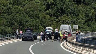 FOTO Oprezno u prometu: Tunelska cesta kod Veprinca zatvorena zbog teške prometne nesreće