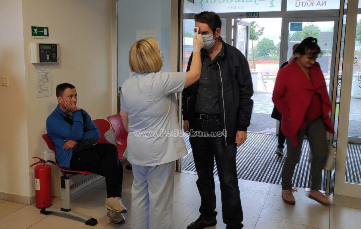 U OKU KAMERE Toplomjer za beskontaktno mjerenje temperature doniran centru primarne zdravstvene zaštite