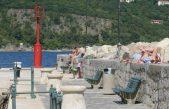 FOTO Kupanje, sunčanje i uživanje u lijepom vremenu obilježili vikend na Opatijskoj rivijeri