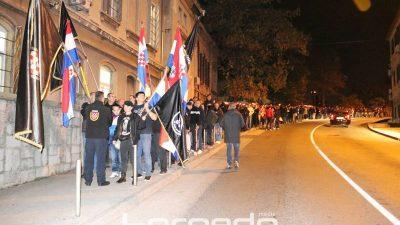 Mimohodom od Vukovarske ulice do Mosta hrvatskih branitelja u Rijeci će se obilježiti Dan državnosti