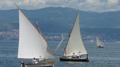 """FOTO/VIDEO 11. regata tradicijskih barki na jedra za Trofej """"Nino Gasparinic"""" okupila rekordni broj posada @ Lovran"""