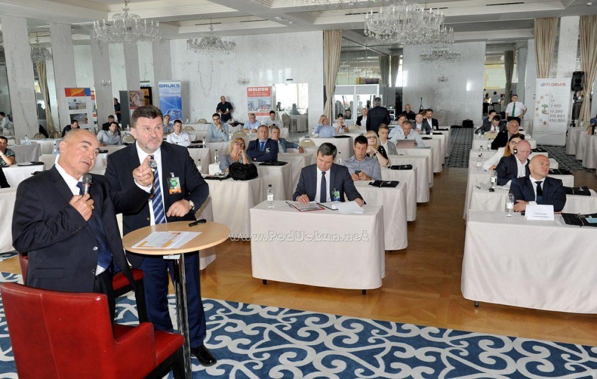FOTO Otvorena 17. Drvno-tehnološka konferencija @ Opatija