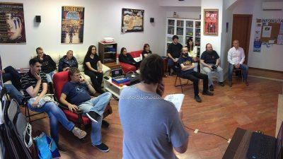 FOTO Opatija Coffeehouse Debates: Spintronika u fokusu predavanja Kristiana Stojšića