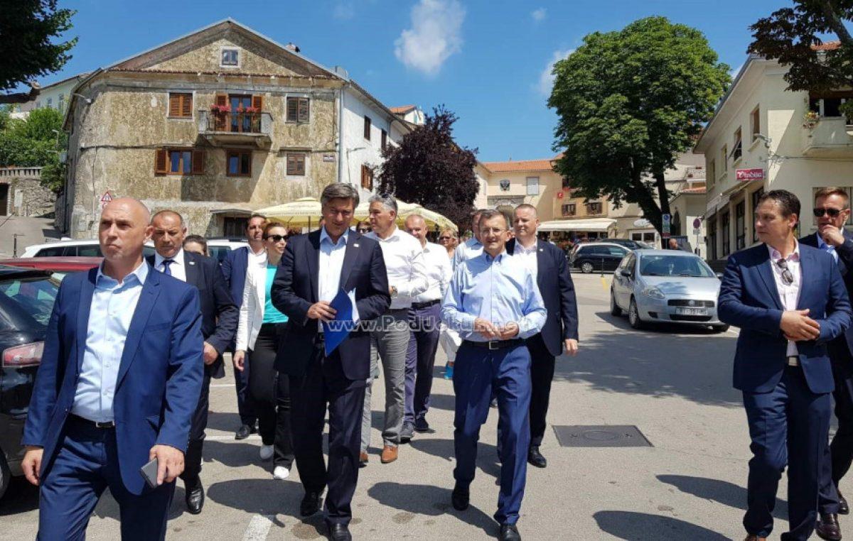 VIDEO/FOTO Plenković posjetio Kastav: U ovoj izbornoj jedinici imamo najbolju ekipu u Hrvatskoj