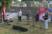 """Otvorena instalacija """"Potezi i rezovi"""" Sofie Thorsen koje krase oblici i linije brsečkih školana"""