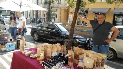 U OKU KAMERE Zdrava hrana i ukusne namirnice privukle Opatijce na Žmergov sajam @ Opatija