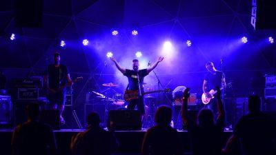 VIDEO/FOTO Zvukom preko vode za 'žedne uši' – Sjajni festival predstavio odlične riječke bendove