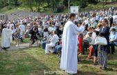 FOTO Desetak tisuća ljudi na Trsatu: Brojni hodočasnici proslavili blagdan Vele Gospe
