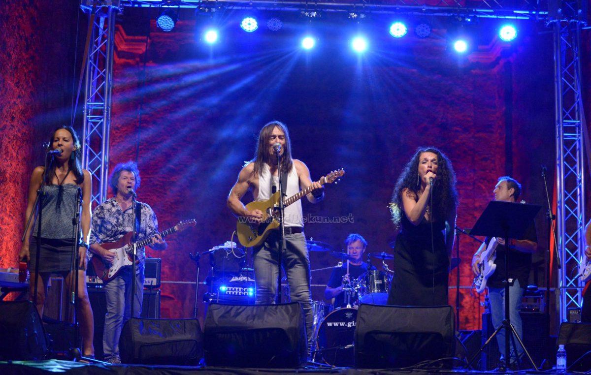 FOTO/VIDEO Sjajnim nastupima na ispunjenoj Crekvini okončano drugo izdanje Jerry Ricks Blues Festivala