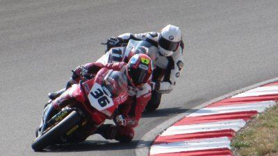 Na Automotodromu Grobnik motociklisti prkose koroni