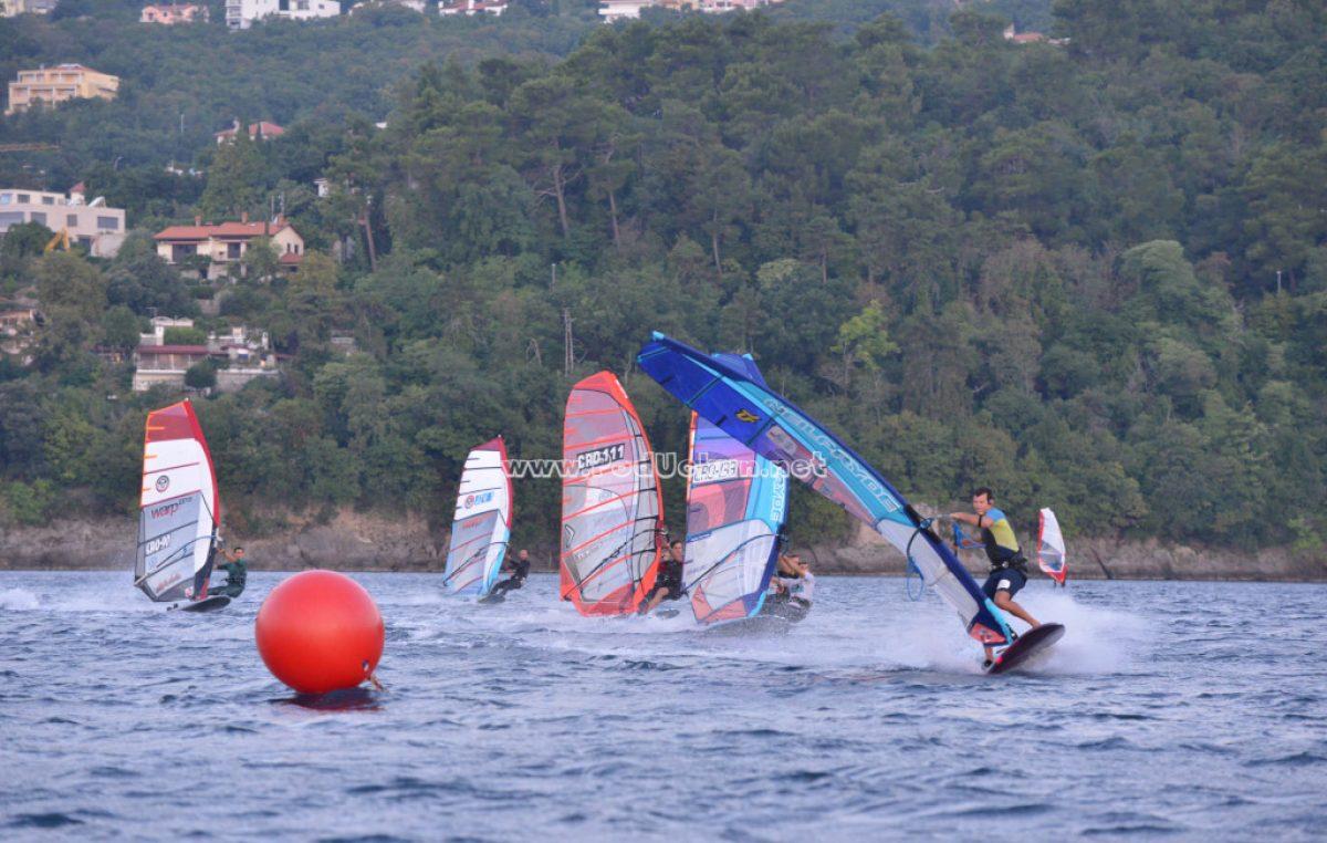 Započelo Prvenstvo Hrvatske u jedrenju na dasci – Volosko Open 2020. u disciplini slalom