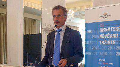 Guverner Boris Vujčić iz Opatije: Uvođenje eura 2023. ostvarivo je