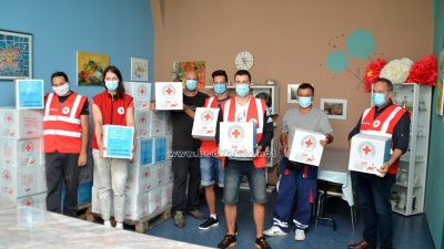 FOTO Crveni križ pripremio 162 paketa pomoći za socijalno ugrožene obitelji na Liburniji
