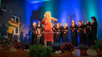 Mješoviti pjevački zbor Štorija održao koncert 'Prohujalo z vihoron (nećeš tega filma gledat)'