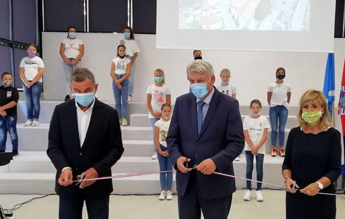 VIDEO Održano svečano otvorenje aneksa OŠ Dr.Andrija Mohorovičić u Matuljima