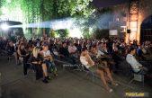 Ljubav je komplicirana – Stand up show Dejtnajt nasmijao Ljetnu pozornicu