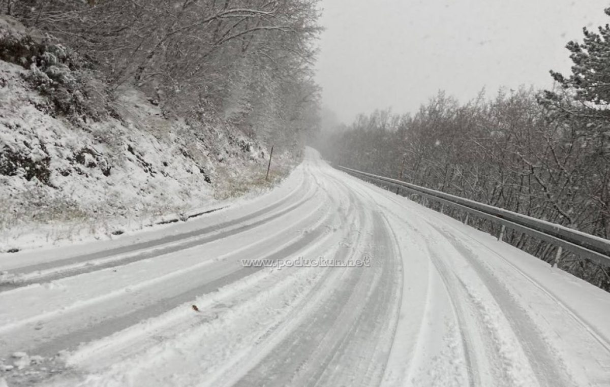 VIDEO Liburnija pod snijegom: Pada sve jače