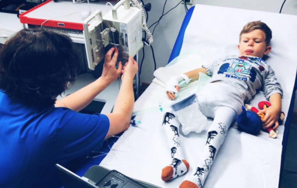 """Malenom Teu iz Klimna ponovo treba operacija: """"Godina je bila grozna, znamo, ali nemamo izbora… Molimo, pomozite, podijelite"""""""