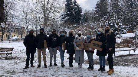 FMTU proveo humanitarnu akciju – Uručena računala studentima iz Petrinje