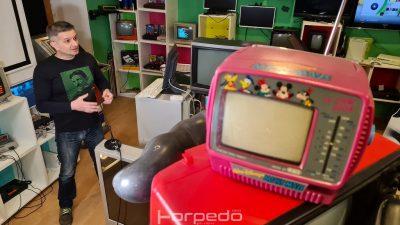[VIDEO] 'Peek & Poke' – Mjesto gdje možeš dotaknuti računalo iz djetinjstva