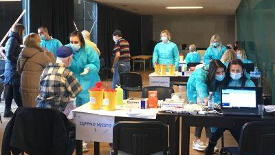 Jučer na Zametu održan prvi dan masovnog cijepljenja bez prethodne najave