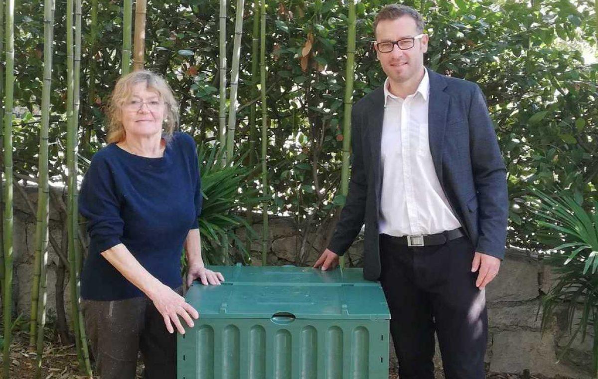 U OKU KAMERE Ante Štampalija i Kvarnerska inicijativa pokrenuli su akciju dodjele kompostera