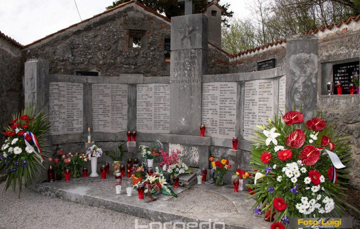 [FOTO/VIDEO] Komemoracija Lipa pamti podsjetila na stradanje matuljskog mjesta u Drugom svjetskom ratu