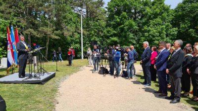 [VIDEO/FOTO] Predsjednik Milanović sudjelovao na obilježavanju 150. obljetnice Prvog tabora Hrvata Istre i kvarnerskih otoka