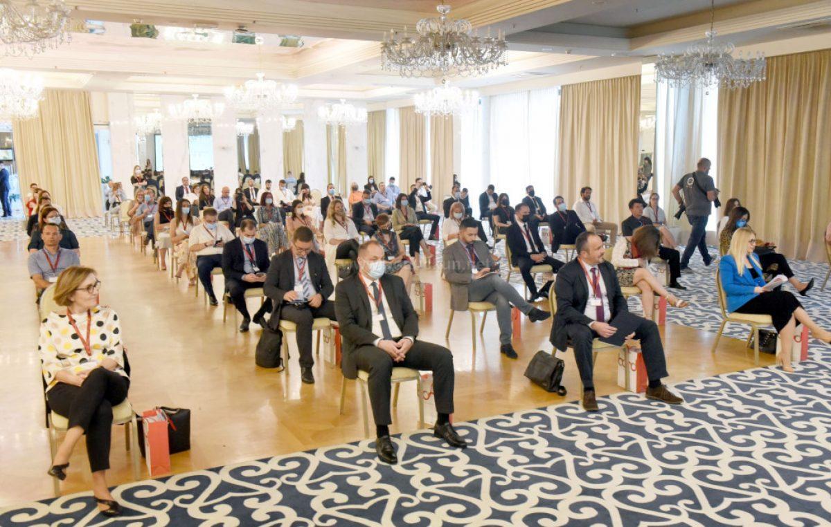 [FOTO] U hotelu Royal održana konferenciju povodom otvorenja druge faze projekta Razvoj mreže poduzetničkih potpornih institucija – BOND 2